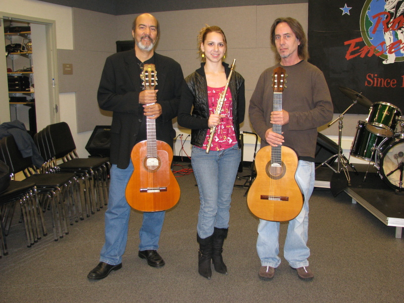 Guitars and flute Trio